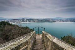Выгодная позиция просмотра в San Sebastian, Испании стоковые фотографии rf