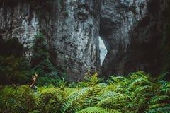 Выгребная яма в wulong, Чунцине, фарфоре Стоковые Изображения