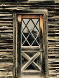 Выдержанная деревянная дверь в Мейне Стоковая Фотография RF