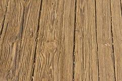 Выдержанные планки палубы деревянного моста Стоковое фото RF