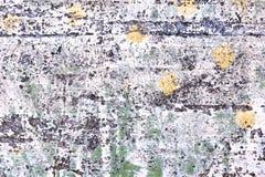 Выдержанный бетон покрашенный в белые зеленой и желтый Стоковые Изображения