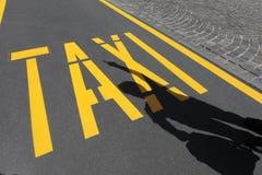 вызывать таксомотор стоковое изображение rf