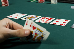 выигрывать покера руки игры наблюдая Стоковые Изображения RF