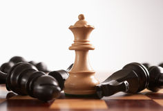 выигрыши ферзя игры шахмат