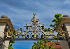 Выкованный свод над входом замка Праги Стоковые Изображения RF