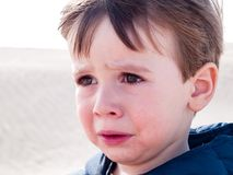 выкрик ребенка на пустыне th Стоковое фото RF