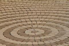 Вымощая плиты в форме кругов стоковые фотографии rf