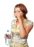 выпивает воду стекла девушки Стоковые Фотографии RF