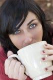 выпивая девушка Стоковые Изображения