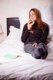 выпивая женщина вина Стоковое Фото