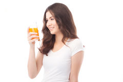 выпивая женщина портрета сока померанцовая Апельсиновый сок в стекле Стоковая Фотография