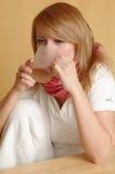 выпивая женщина стоковое фото rf