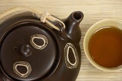 выпивая чай Стоковые Фото