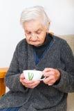 выпивая чай Стоковая Фотография