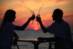 выплеск силуэтов моря пар стеклянный Стоковая Фотография