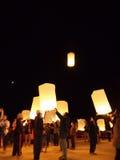 Выпускать фонарики Таиланд неба Стоковое фото RF