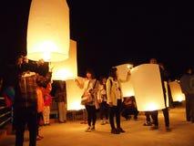 Выпускать фонарики Таиланд 1 неба Стоковое Изображение RF
