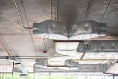 Выпускной короб вентиляции стоковые фотографии rf