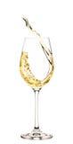 Выплеск белого вина в стекле стоковые фотографии rf