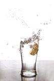 Выплеск воды лимона Стоковые Изображения