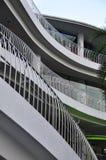 выравнивает множественные перила стальные Стоковые Фотографии RF