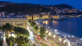 Выравнивать воздушную панораму славного дня к timelapse ночи, Франция Освещенные улицы и портовый район старого городка маленькие видеоматериал
