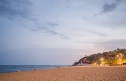 Выравнивать время на пляже в Calella Ландшафт ночи Calella de Palafrugell в Косте Brava, Испании стоковая фотография rf