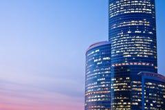 выравнивать новые небоскребы Стоковые Фото