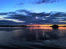 Выравнивать прогулку на яхте на Реке Волга стоковое изображение rf