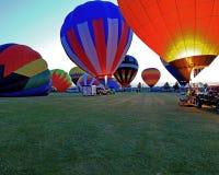 Выравнивать старт на фестивале воздушного шара Гарварда Стоковые Изображения
