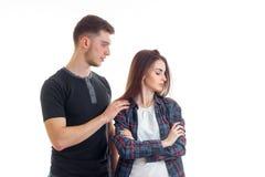 Выражать женщину и ее человека стоковые фотографии rf