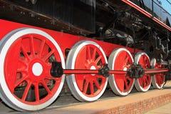 выразьте старые колеса поезда пара стоковое изображение rf
