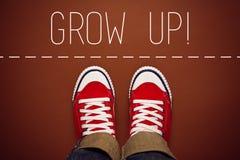 Вырастите вверх напоминание для молодого человека, взгляд сверху Стоковая Фотография RF