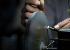 Вырезывание диаманта и производство ювелирных изделий Стоковые Фотографии RF