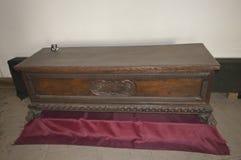 Высекаенная деревянная мебель в замке Стоковое Изображение