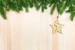 Высекаенная золотая деревянная звезда Стоковое Фото