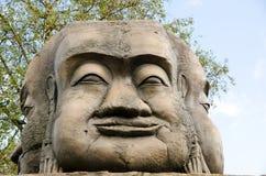 Высекаенная каменная голова Стоковые Изображения