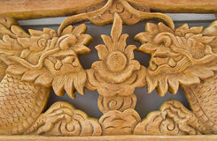 высекает тайскую древесину Стоковое фото RF