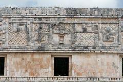 высеканная стена yucatan Мексики uxmal Стоковая Фотография