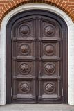 высеканное деревянное двери старое стоковое фото