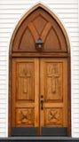 высеканное деревянное фонарика двери церков старое Стоковые Фото
