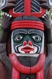 высекать totem полюса стороны Стоковые Фото
