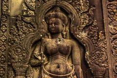 Высекающ в Angkor Wat, Камбоджа стоковые изображения rf