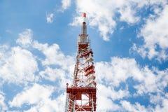 Высокая высшая точка башни радиосвязи сети Стоковые Изображения
