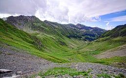 высокая гора ландшафтов стоковое изображение rf