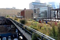 Высокая линия город New York Повышенный пешеходный парк Стоковая Фотография RF