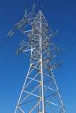 высокая линия напряжение тока башни Стоковые Изображения