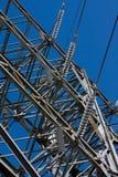 высокая линия напряжение тока силы Стоковая Фотография
