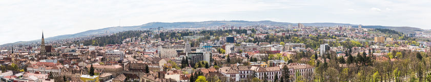 Высокая панорама взгляда города Cluj Napoca Стоковые Фотографии RF