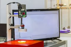 Высокая технология и точность системы зрения измеряя для проверки качества в промышленных работах стоковая фотография